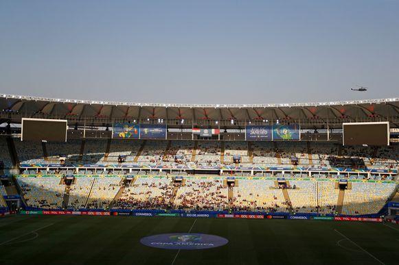 Het legendarische Maracanã even voor de aftrap van Paraguay - Qatar.