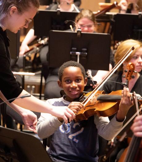 Nijmeegs Studentenorkest laat jeugd kennis maken met klassiek