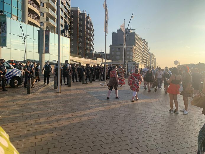 Op de Zeedijk van Blankenberge was heel wat politie aanwezig.