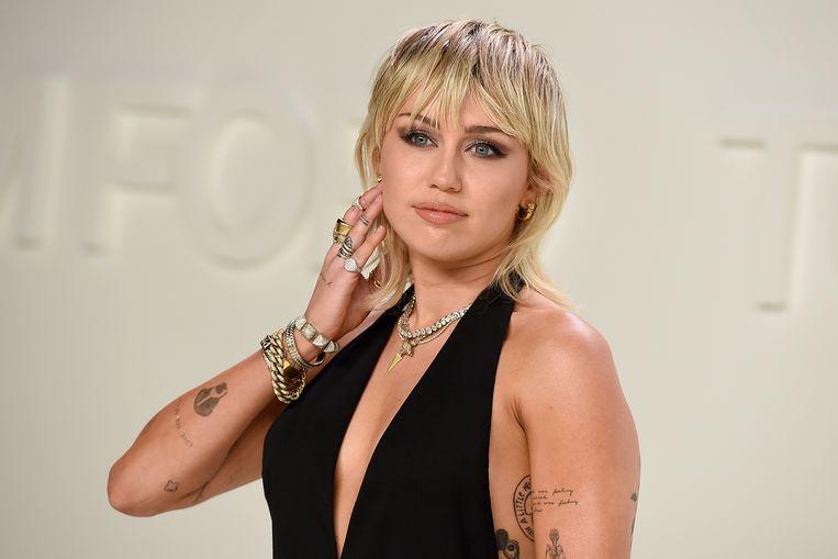 Miley Cyrus heeft een nieuwe prijs om op de kast te zetten.