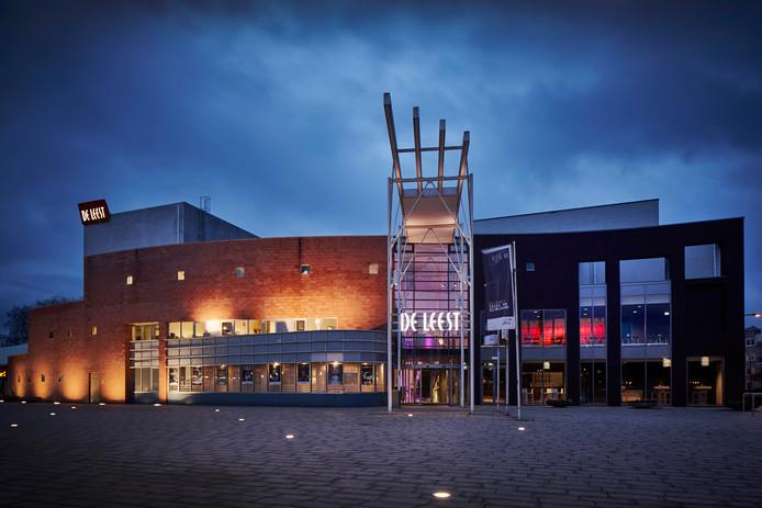 Tijdens het nationale theaterweekeinde worden de kleedkamers van De Leest omgebouwd tot hotelkamers.