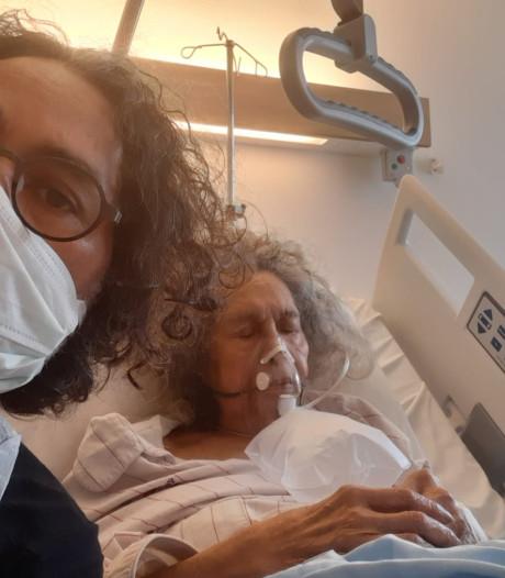 Bernard verliest zijn moeder (85) aan corona: 'Ze kreeg te weinig lucht, dan heb je het idee dat je stikt'