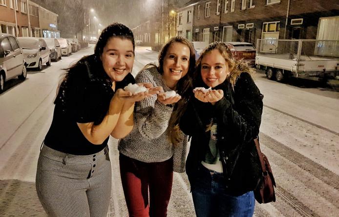Genieten van de eerste sneeuwvlokjes.