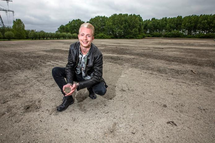 Glenn Luisman op het terrein in de Wollebrand in Honselersdijk.