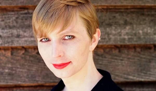 Chelsea Manning is een boegbeeld op sociale media, in de gevangenis en daarbuiten