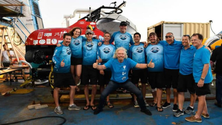 Richard Branson en het team van Aquatica Submarines