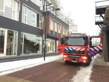 Smeulende kabels in winkel, brandweer rukt uit naar Kapoeniestraat Doetinchem