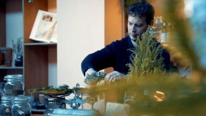 Amsterdammer brouwt 80.000 flesjes kerstbomenbier