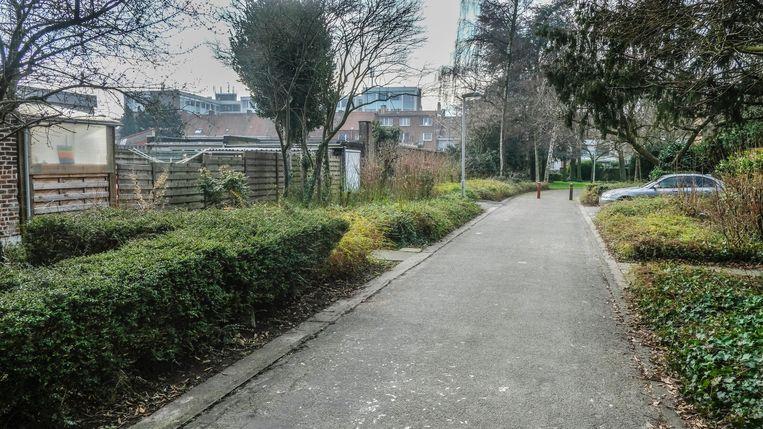 Het minderjarige slachtoffer werd afgetuigd in de Kerkweg, vlak bij zijn school.