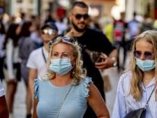 LIVE | Meer dan 400 nieuwe besmettingen in Nederland, politie deelt boetes uit in Rotterdam