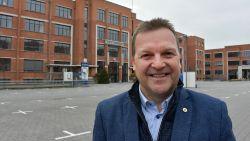 Paul Van Miert   De burgemeester die crowdsurfers op de grond zet en Dodentocht loopt