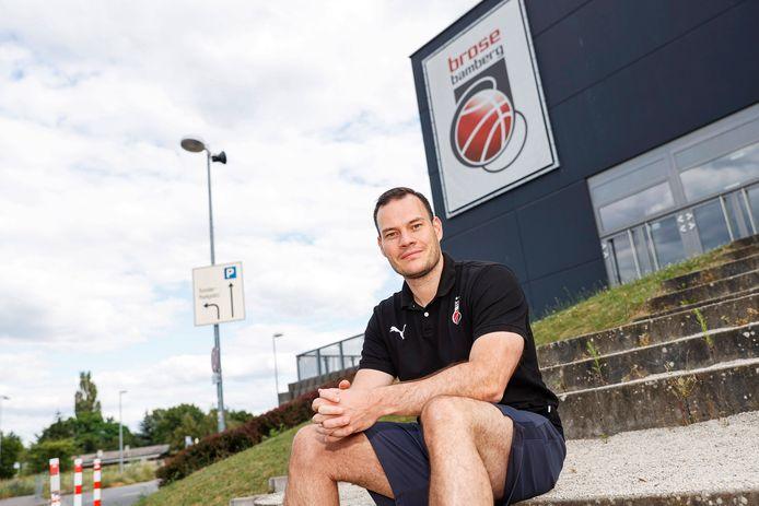 Johan Roijakkers is de komende drie seizoenen trainer van de Duitse topclub Brose Bamberg.