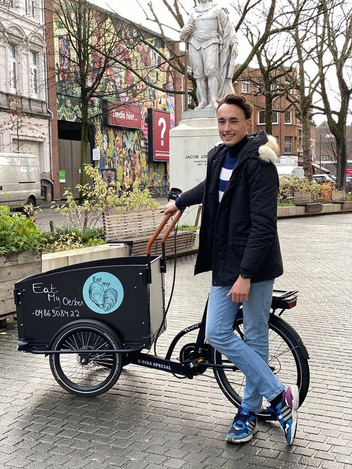 De 19-jarige Antwerpenaar Aldwin Camus heeft een passie voor oesters en wil die passie nu delen met alle Antwerpenaren.