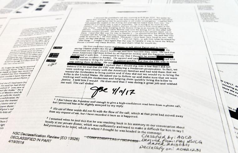 De controversiële memo's van voormalig FBI-directeur James Comey, die vorig jaar door president Trump werd ontslagen Beeld AP