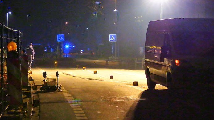 Dodelijk ongeval in Gronau. Een bestelbus schept een bejaarde vrouw met rollator