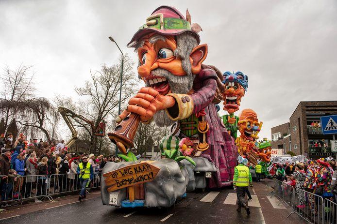 Carnavalsstichting BAK in Prinsenbeek beslist zondagmorgen om zeven uur of de optocht in de middag doorgaat. Storm Ellen ligt op de loer, maar het lijkt mee te gaan vallen.