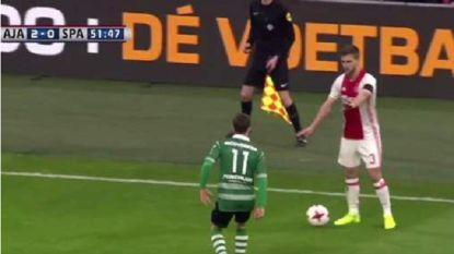 Ajax-speler Veltman biedt excuses aan voor 'onsportieve schijnbeweging'