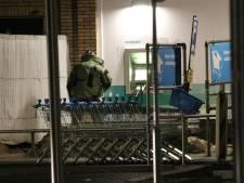 Plofkrakers slaan toe in winkelcentrum Tuindorp, maar staan met lege handen