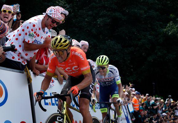 Greg Van Avermaet met Xandro Meurisse in het spoor.
