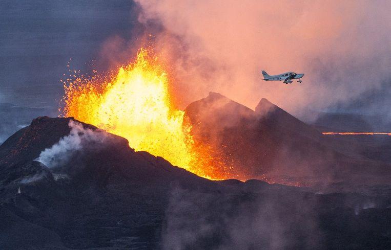 In de kennis van nu bezoekt presentator Diederik Jekel het hermetisch afgesloten gebied rondom de Bárdarbunga, de IJslandse vulkaan die vier maanden geleden uitbarstte. Beeld null