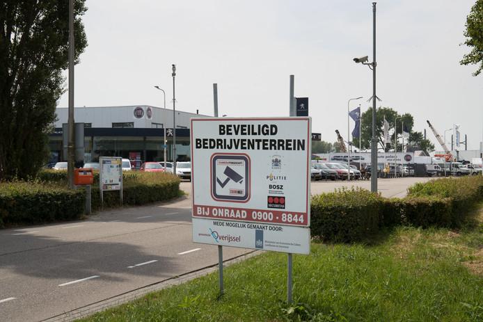 Cameratoezicht op een industrieterrein in IJsselmuiden.