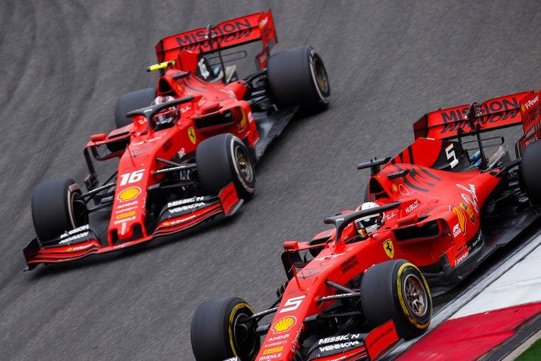 Ferrari-rijders Sebastian Vettel en Charles Leclerc in China.