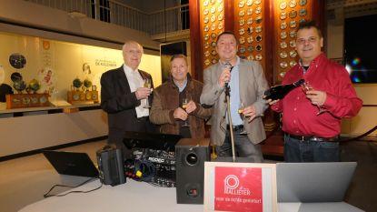 Van oud op nieuw knalt de champagne voor Radio Pallieter