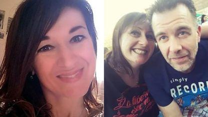 Onder het mom van een verrassingsfeest wordt geblinddoekte Stefania (42) door liefdesrivale in gruwelijke val gelokt