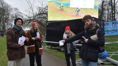 Blokkende VUB-studenten voeren vandaag actie tegen geplande Cyclocross op campus