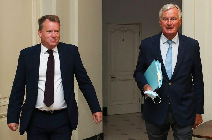 De Britse onderhandelaar David Frost (links) en EU-onderhandelaar Michel Barnier.