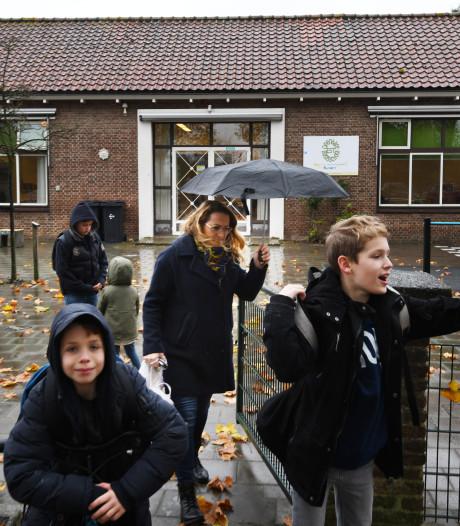 Gemist? Huis-aan-huiskranten verdwijnen en school dreigt te sluiten