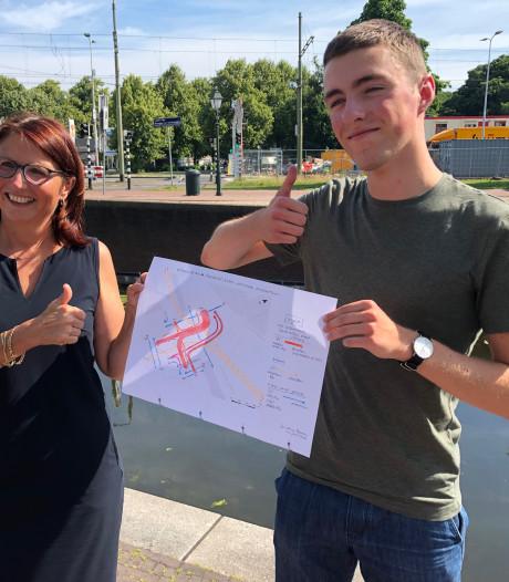 Bilthovenaar Jacobus (17) Nederlands aardrijkskundekampioen: 'Het huiswerk voelt als vakantie'