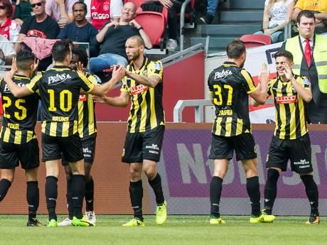 Vitesse klopt Ajax in Arena