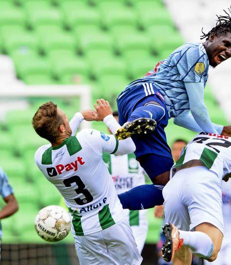 Kabinet wil proef met 1500 man in stadion, eerst bij  NEC of Almere City