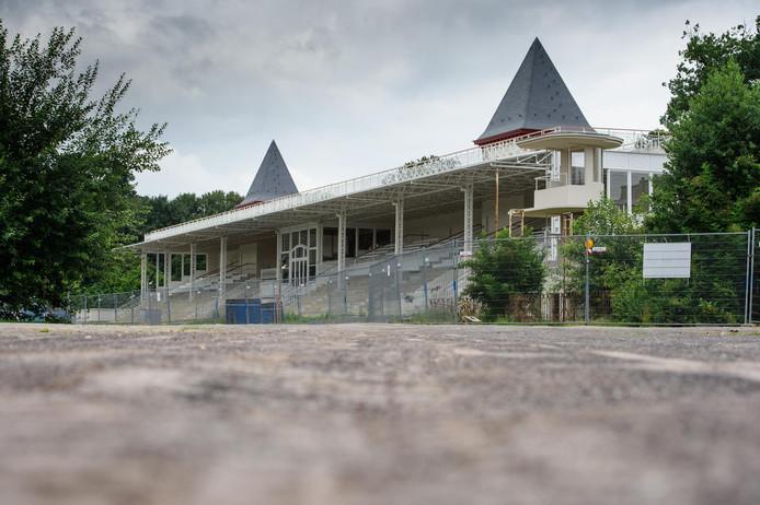Le site de l'hippodrome de Boitsfort est abandonné depuis une vingtaine d'années.