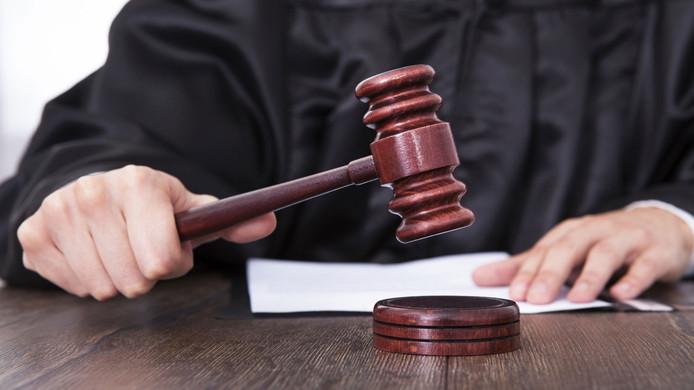 stockadr rechter rechtbank rechtspraak justitie justitia uitspraak vonnis