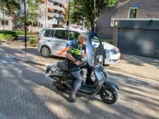 Scooter met vreemd windscherm geraakt door auto op Noordhoekring Tilburg: 'Hoe zou dat nou komen?'