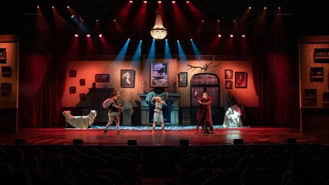 """Antwerpse Stadsschouwburg voor het eerst sinds start pandemie weer open: """"Strikte maatregelen en fijne theaterbeleving staan elkaar niet in de weg"""""""