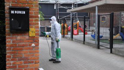 Gespecialiseerd bedrijf gestart met verwijderen asbest op de Maldegemse schoolsite