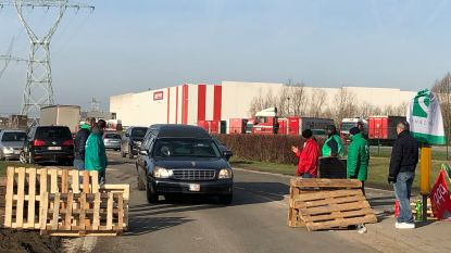 NATIONALE STAKING: Industriezone Cargovil. Geen doorkomen aan, tenzij voor uitvaartplechtigheid