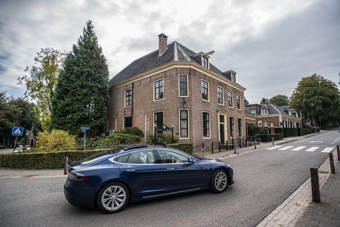Het gemeentehuis in Rozendaal.