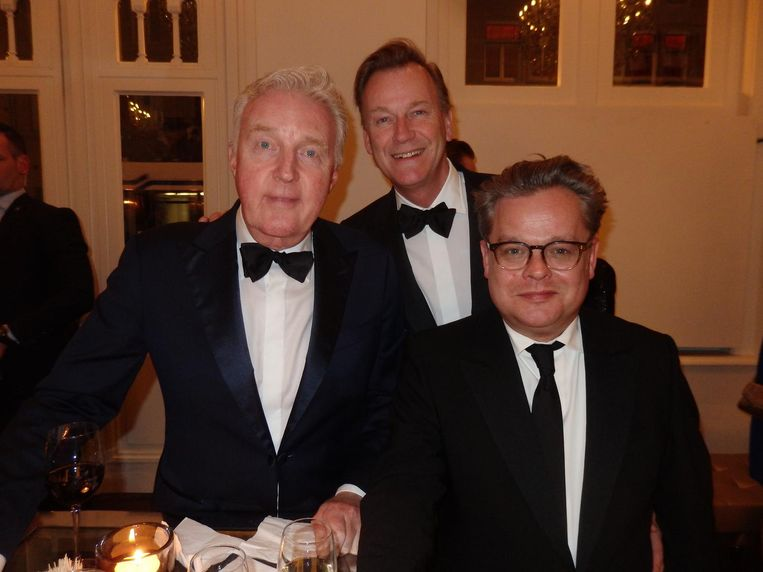 Coryfee André van Duin, zijn partner Martin Elferink en scenarioschrijver Frank Houtappels. Snel, snel, één keertje zonder Cornald Maas. Beeld Schuim