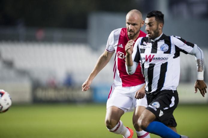 Arda Havar in actie in de uitwedstrijd tegen Jong Ajax eerder dit seizoen.