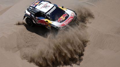 Peterhansel steviger leider in Dakar Rally, Loeb moet strijd staken