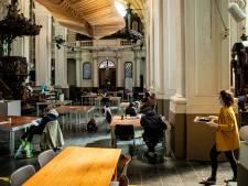 """Celien Aelbrecht kiest voor werk bij daklozen in plaats van technische werkloosheid: """"Solidariteit met de zwaksten is groot, ook binnen de zorgsector"""""""