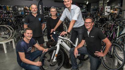 Thuiszorgwinkel maakt fietstocht voor aangepaste fietsen