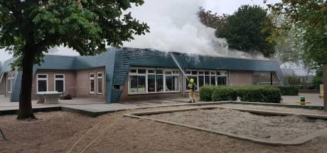 Brand bij school in Renkum, omgeving afgezet