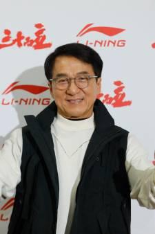Jackie Chan offre une récompense à la personne qui trouvera un vaccin contre le coronavirus