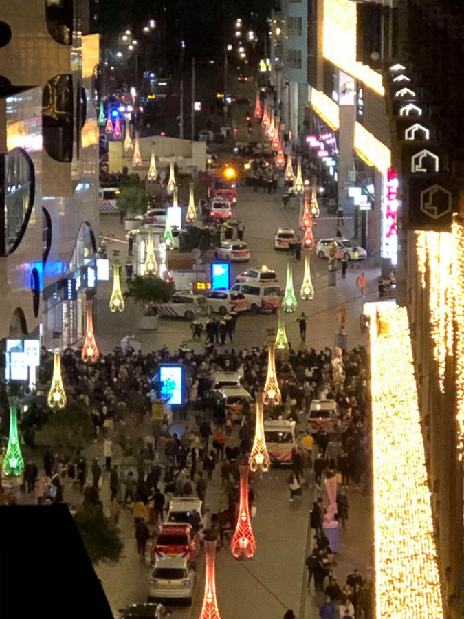 De Grote Marktstraat in Den Haag, na de steekpartij op vrijdag 29 november.