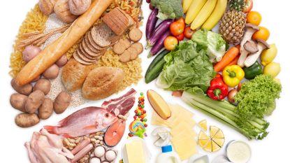 Moeten we nu koolhydraten of vetten mijden? Wetenschappers hebben er de buik van vol